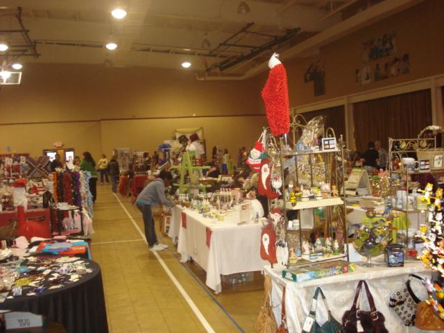 Christmas shoppe 036